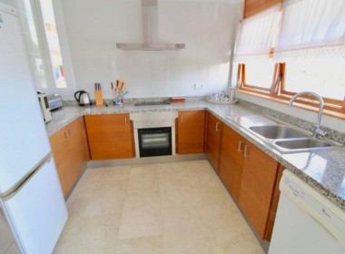 Detached Villa for sale on 3 floors with sea views-sitges-inmovenproperties (12)