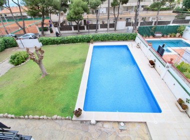 Flat for sale cozy with Pool and tourist license-sitges-inmovenproperties (3)