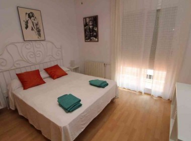 Flat for sale-renovated-with tourist license-sitges-inmovenproperties (5)
