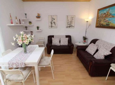 apartment for sale-renovated-with tourist license-sitges-inmovenproperties (1)