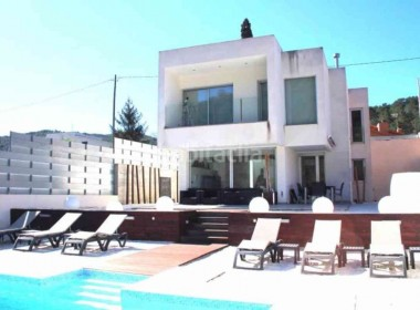 designes detached villa for sale with pool Canyelles-sitges-inmovenproperties- (8)