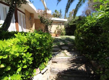 detached villa Rental with terrace quesito vallpineda-sitges-inmovenproperties (1)