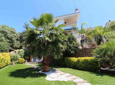 detached villa for sale terrace garden pool parking quint mar hino-sitges-inmovenproperties (1)