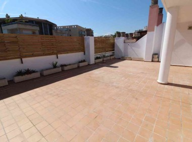 penthouse for sale in sitges large terrace 80m2-Inmoven Properties Sitges-4