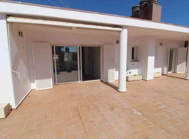 penthouse for sale in sitges large terrace 80m2-Inmoven Properties Sitges-5
