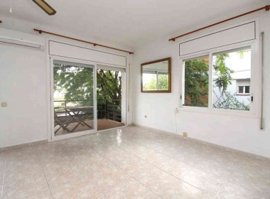 2 bed flat with terrace for rent in Sitges-Inmoven Properties Sitges