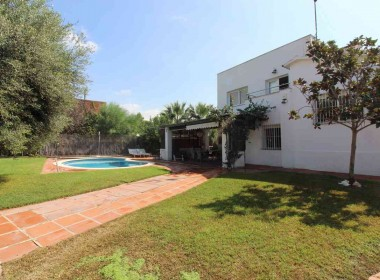 Detached villa with pool for rent in Sitges-Inmoven Properties Sitges-4