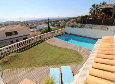 terraced house for sale with sea vieuws in Sitges-Inmoven Properties Sitges-4