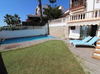 terraced house for sale with sea vieuws in Sitges-Inmoven Properties Sitges-5