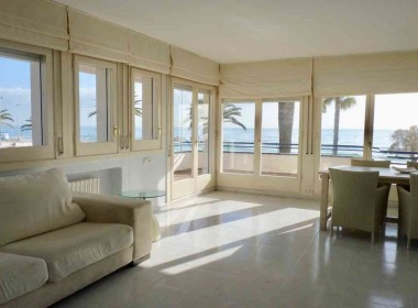 flat for rent seafront sitges with terrace-Inmoven Properties Sitges-5