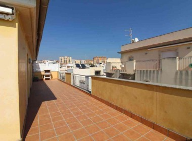 penthouse sea views in front line San Sebastian beach Sitges with large terrace-Inmoven Properties Sitges-10