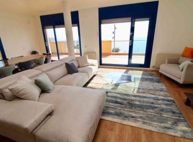 penthouse sea views in front line San Sebastian beach Sitges with large terrace-Inmoven Properties Sitges-3
