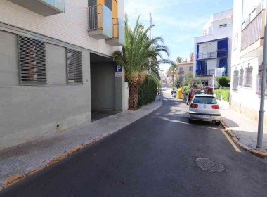 ground floor for sale with terrace in San Sebastian beach Sitges-2-8