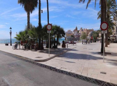 ground floor for sale with terrace in San Sebastian beach Sitges-2-9