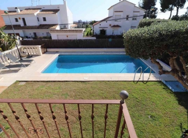 detached house for sale with pool and views in Sitges-Inmoven Properties Sitges-4