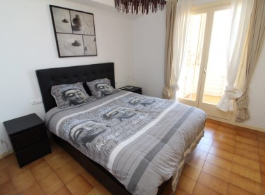 Apartment for sale centric with terrace in Front line beach-sitges-inmovenproperties- (5)