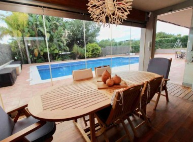 Detached Villa for sale with garden 1050m2-magnify with tourist license-sitges-inmovenproperties (8)
