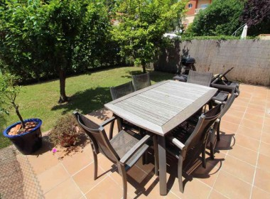 Terraced house for sale with garden Avd. Sofia-sitges-inmovenproperties (2)