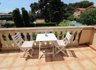 Terraced house for sale with garden Avd. Sofia-sitges-inmovenproperties (8)