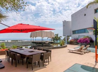 luxury villa for sale in can girona-sitges-inmovenproperties (1)