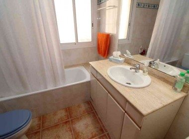 sale of Terraced house with garden Avd. Sofia-sitges-inmovenproperties (3)