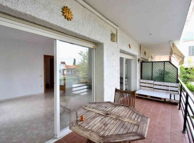 2 bed flat with terrace for rent in Sitges-Inmoven Properties Sitges-3