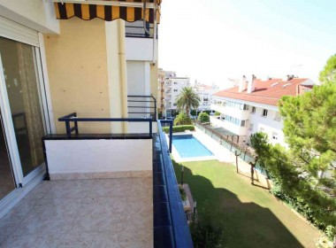 3 bed flat with terrace pool and parking for sale in Sitges-Inmoven Properties Sitges-2