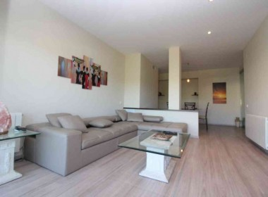 4-bed-flat-with-terrace-and-pool-for-rent-in-Sitges-Inmoven-Properties-Sitges-2x (2)