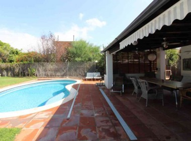 Detached villa with pool for rent in Sitges-Inmoven Properties Sitges-5