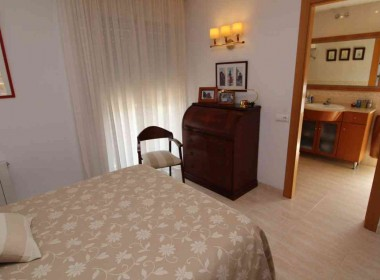 flat for sale with pool and parking-Inmoven Properties Sitges-6