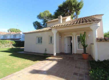 villa for rent in Sitges-Inmoven Properties Sitges