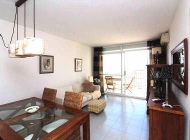 2-bed-flat-sea-views-pool-and-parking-in-Sitges-Inmoven-Properties-Sitges-1024x683