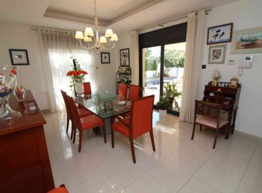 detached villa for sale with pool in Sitges-Inmoven Properties Sitges-8
