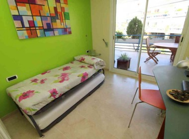 flat for sale in park de mar Sitges with large terrace and pool-Inmoven Properties Sitges-9