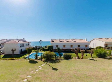 flat for sale with pool near de beach in Sitges-Inmoven Properties Sitges-2