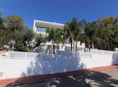 Design house for sale in Sitges with views-Inmoven Properties Sitges-8