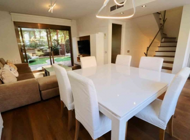 semi-detached house for sale in the vinyet with garden and pool in Sitges-Inmoven Properties Sitges-5